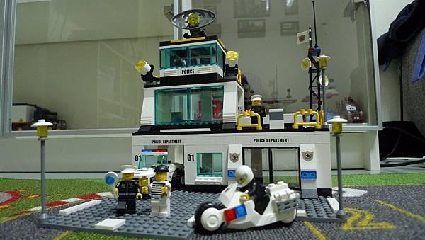 星鑽積木 80314 城市警察 110 城市警察指揮中心