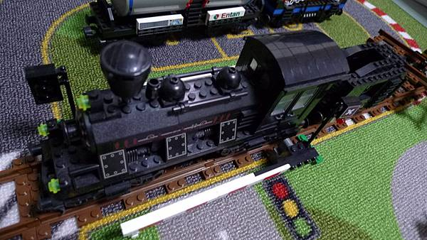 啟蒙積木 TRAIN SERIES 638 Steam Freight Locomotive 蒸汽火車頭【NT $ 230】
