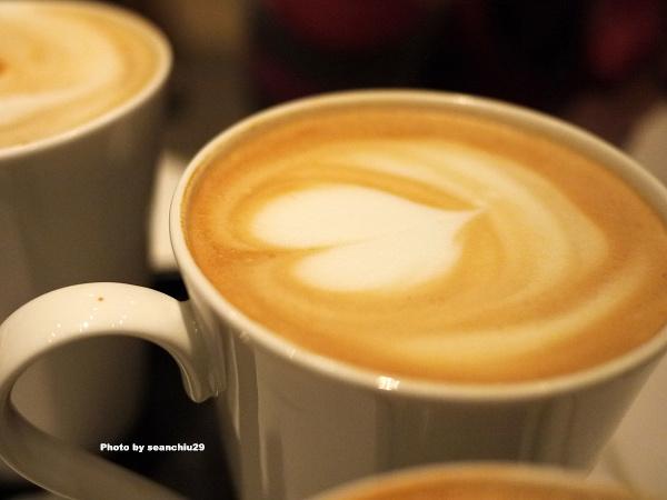 agnes b. cafe04.jpg