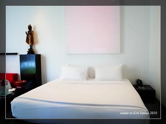24房間的床.jpg