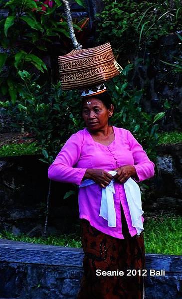 11峇里島人純真的個性及笑容就是教人懷念