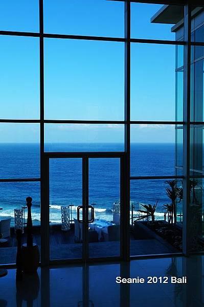 174純白色系.挑高玻璃,海洋美景,那一片蔚藍,美!!