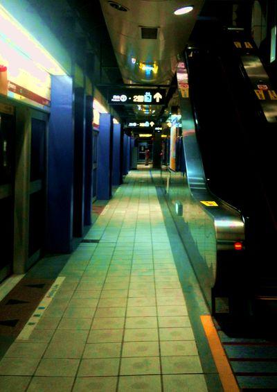 一個人的捷運站