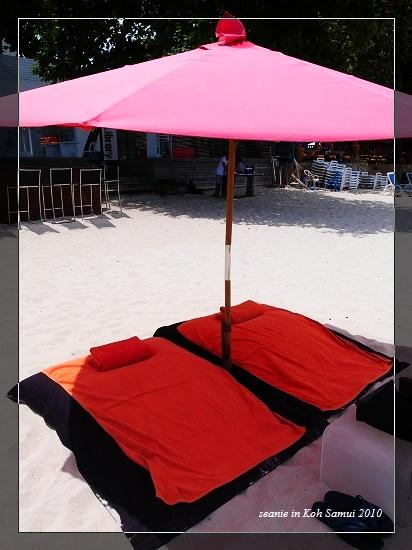 13很舒服的海邊軟床.jpg