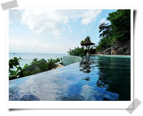 Ayana Ocean Pool全.JPG
