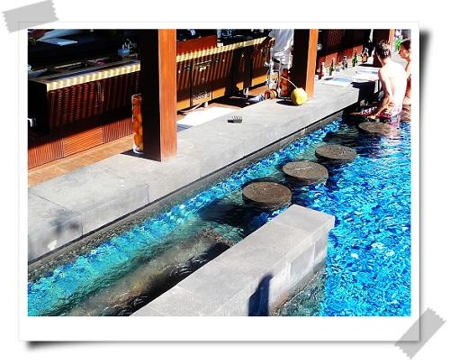 26  St. Regis-Kayuputi外面的泳池3.jpg
