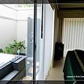 33SPA房戶外的淋浴間.jpg