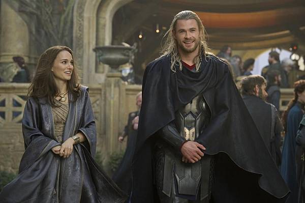 THOR THE DARK WORLD010.jpg