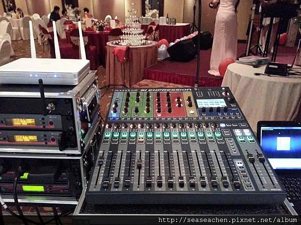 專業的音響設備
