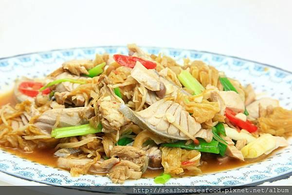 8鮪魚腹炒菜酸