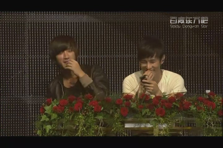 2009 金烔完Promise演唱會DVD之1010 CLUB (Dongwan)[(054041)18-04-12].JPG