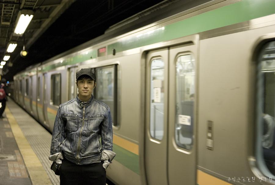 09.11.02 9-shuden_oreobox.jpg