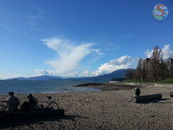 english bay beach (1)