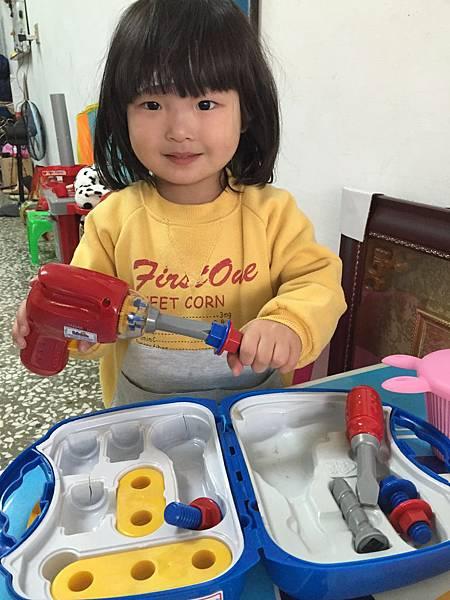 小手發展影響大腦 幼兒玩具手眼協調玩具