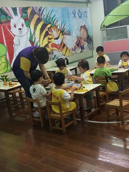 1040810幼兒園第二週_3889.jpg