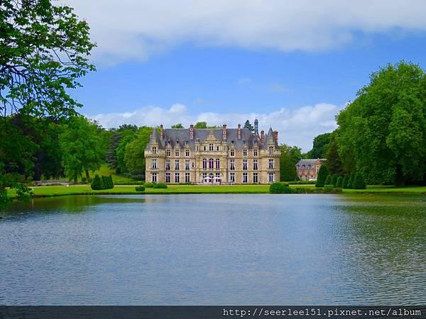圖1 二十二年前我們度蜜月的法國古堡.jpg