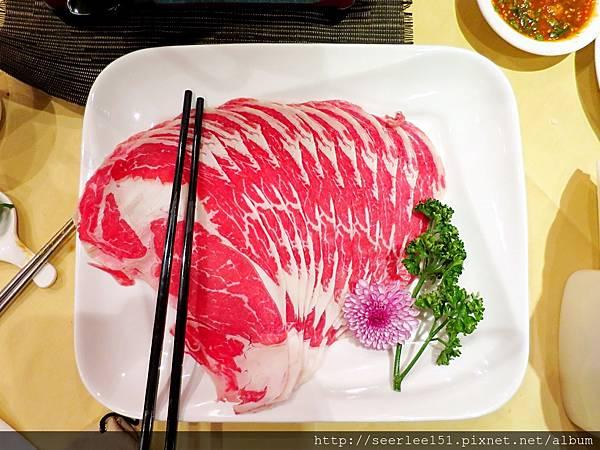 P8)湄河火鍋的雪花牛肉片.JPG
