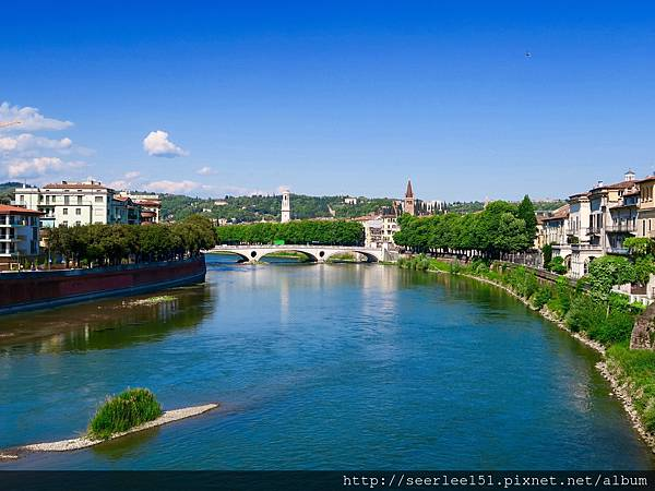 P1)為了瞻仰茱麗葉,專程前來這個美麗的小鎮。.jpg