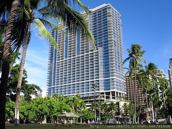P3)夏威夷威基基海灘上的川普酒店.jpg