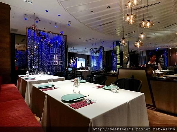 P4)泰國餐廳氣氛很好卻空座率高.jpg