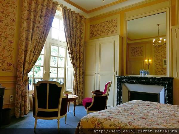 P5)我們結婚時度蜜月的法國古堡.jpg