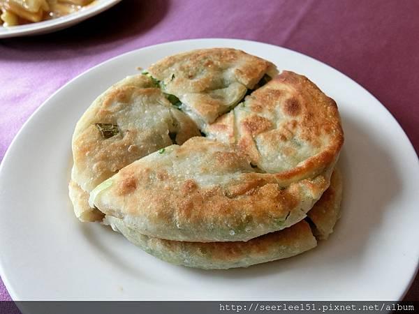 P6)香酥好吃的蔥油餅.jpg