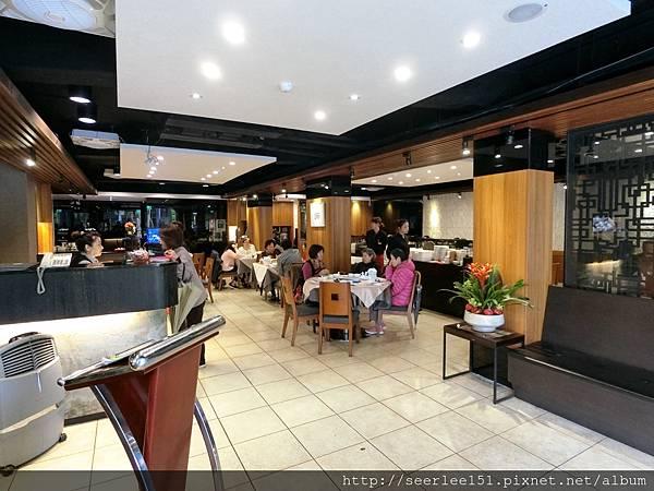 P2)管理得有條不紊的一家好餐廳.jpg