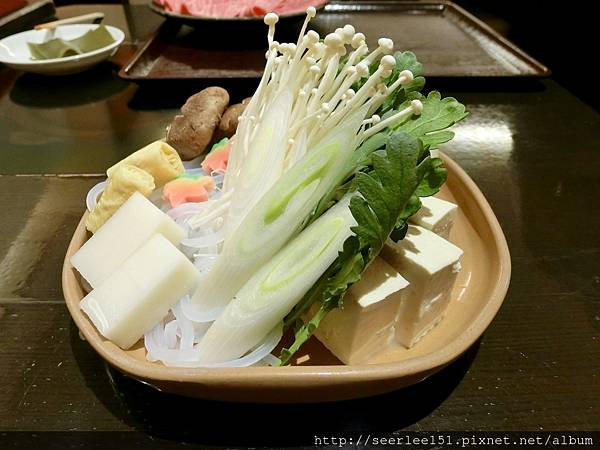 P15)涮涮鍋的配菜盤.jpg