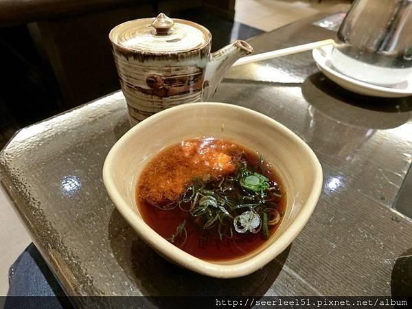 P17)涮涮鍋的沾料碟.jpg
