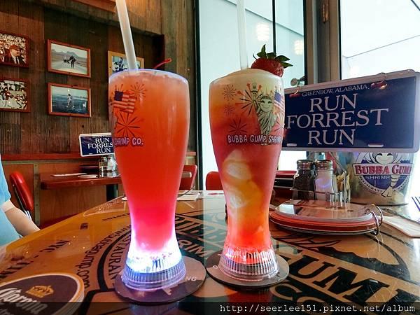 P10)杯底會發光的特調果汁.jpg