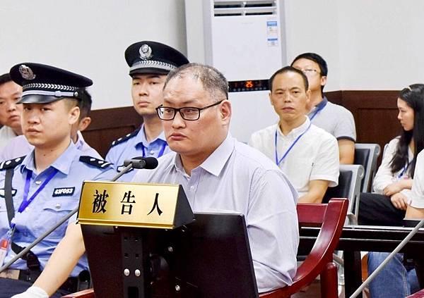P1)民進黨幻想他當烈士,他卻選擇了「坦白從寬」(聯合新聞網).jpg