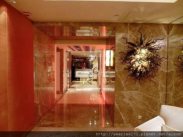 P2)芬兒2014年生日我們在香港香格里拉酒店Angelini.JPG