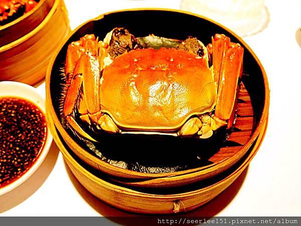 P4)梅苑的大閘蟹也是招牌菜之一.JPG