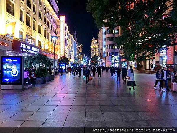 P4)夜上海有與眾不同的風情.jpg