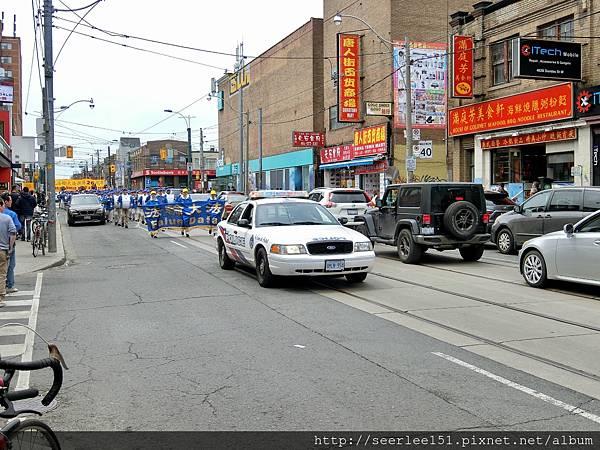 P4)Dundas 街是中國城中心點.jpg