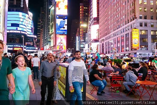 P17)時代廣場被稱爲「世界的十字路口」.jpg