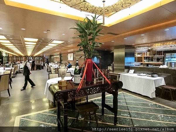 P14)福臨門高昂的餐價嚇跑了顧客.jpg
