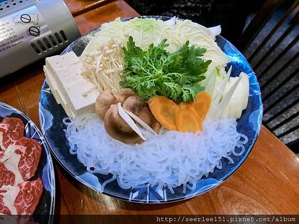 P16)涮涮鍋老闆給料超大器.jpg