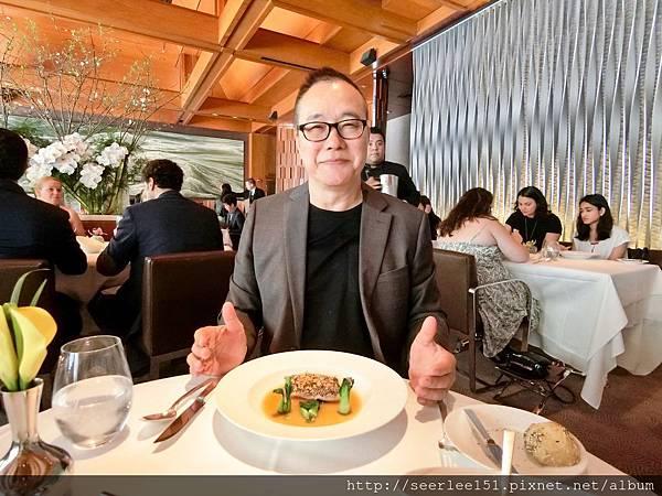P13)我的主菜煎海水黑鱸魚.jpg