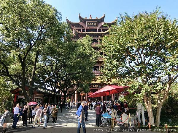 P20)黃鶴樓就在武昌起義紀念館附近.jpg