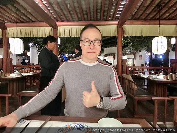 P4)一發現賣的是杭州菜先給它一個讚.JPG