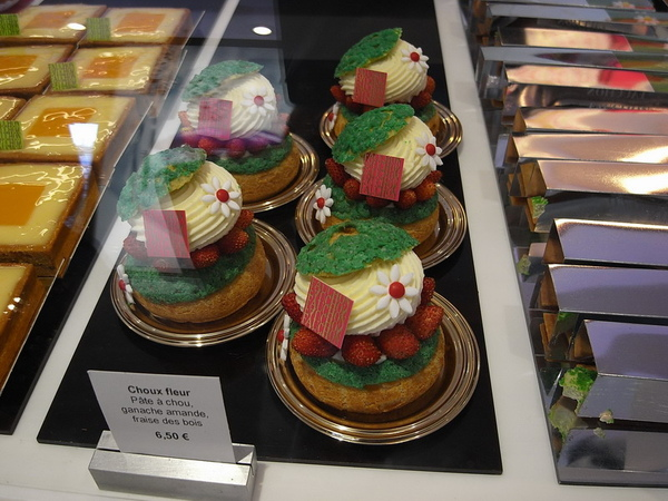 Fauchon高級甜點店的花俏蛋糕