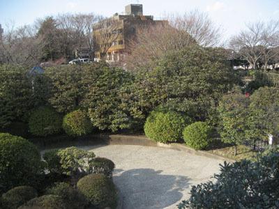 2008/3/01@看得見港的丘的公園前