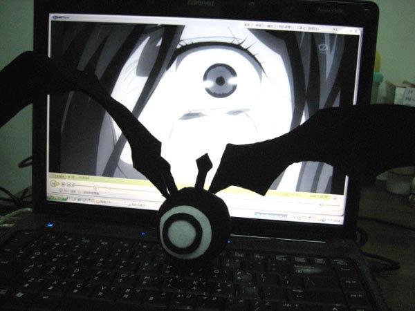 手工製的黑色魔偶