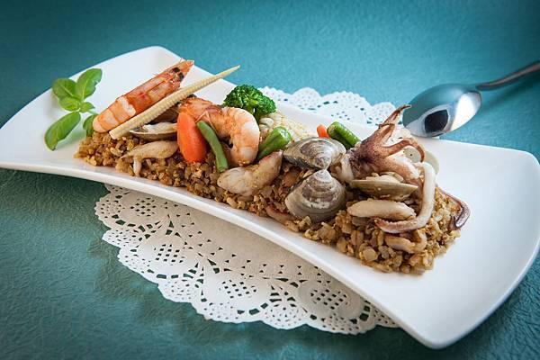 海鮮咖哩蛋炒飯