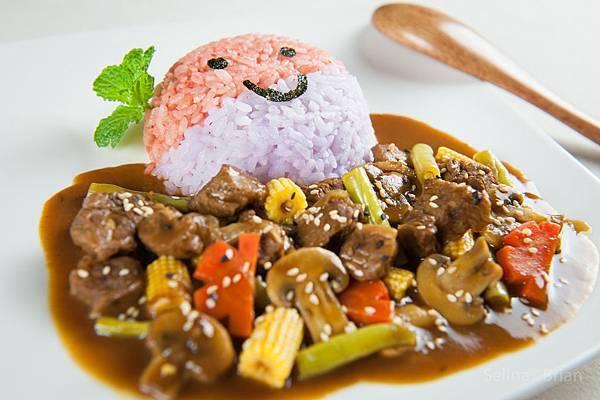 電鍋版咖哩牛肉飯