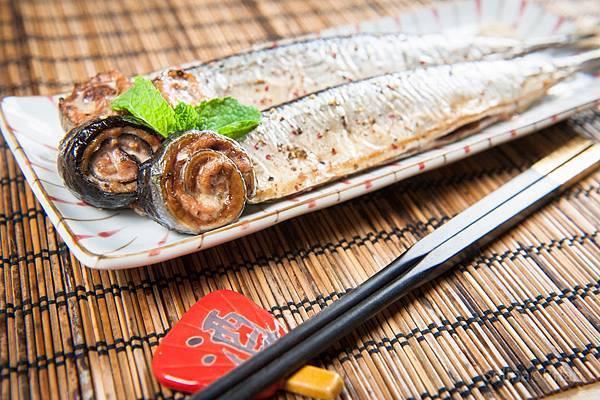DSC_4271香烤秋刀魚.jpg