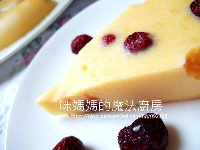 蔓越莓乳酪蛋糕-橫
