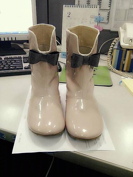 鞋鞋.jpg