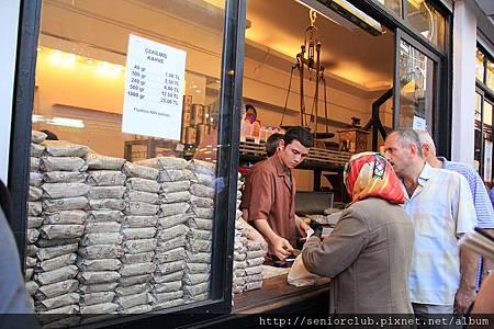 2011_土耳其 埃及香料市場 Misir Carsisi blog (005).JPG